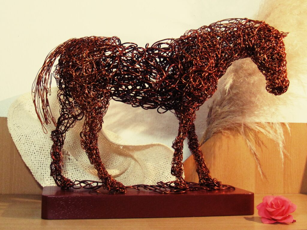 konj od žice